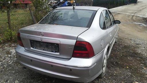 Lamar Auto dezmembreaza Opel Vectra B 2.2dti pompa