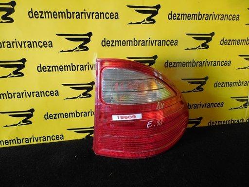 Lampa dreapta Mercedes E Class W210 An 1998