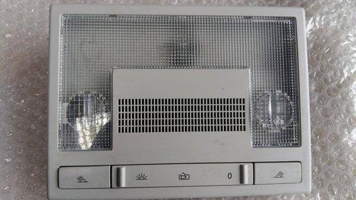Lampa plafon vw polo 6r 6q0947105l
