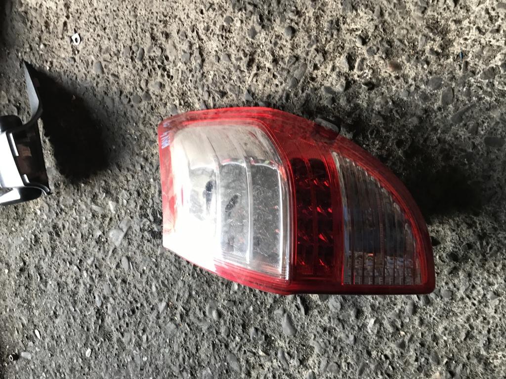 Lampa spate Toyota rav 4 2010