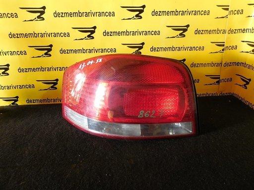 Lampa stanga Audi A3 An 2004