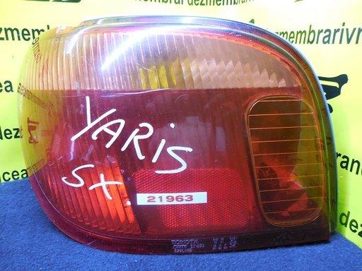 Lampa stanga+dreapta Toyota Yaris An 2001