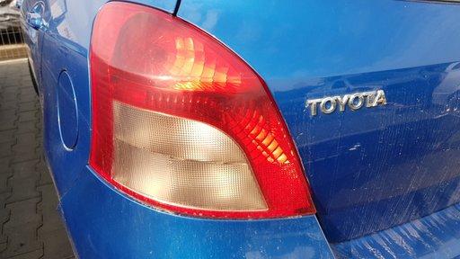 Lampa stanga Toyota Yaris 2005-2010
