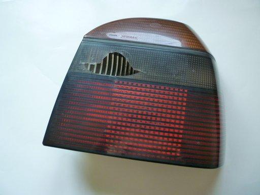 Lampa sticla stop spate dreapta Volkswagen Golf 3