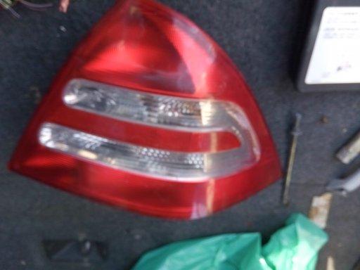 Lampa,stop,tripla,dreapta Mercedes C 220 W 203