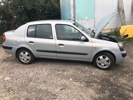 Mâner Renault Clio 2003