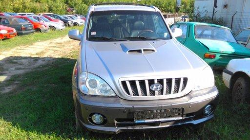 Macara stanga fata Hyundai Terracan 2004