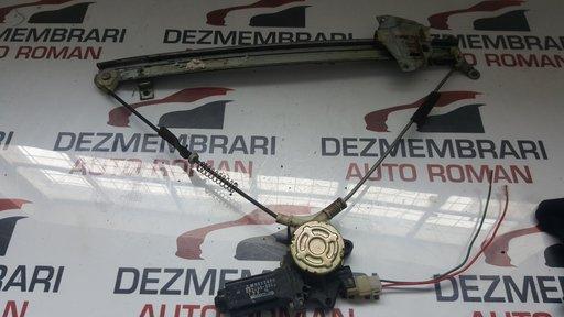 Macara stanga spate Mitsubishi Pajero 2.5 dezmembrari Pajero dezmembrez Pajero piese second hand Pajero
