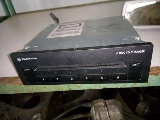 Magazie 6 cd-uri Passat B6 2005 - 2010