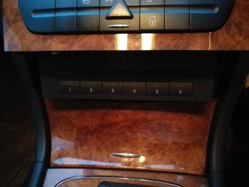 Magazie cd Mercedes W211 facelift e class
