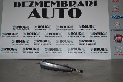 MANER DREAPTA SPATE BMW 320D E90
