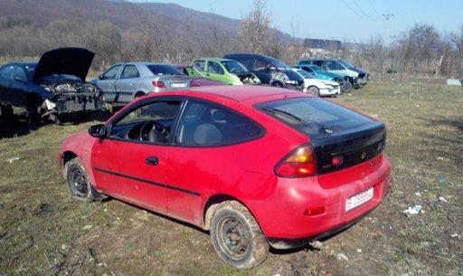 MANER EXTERIOR USA DREAPTA FATA Mazda 323 fab. 1996 1. 5L , 16V , 90CP
