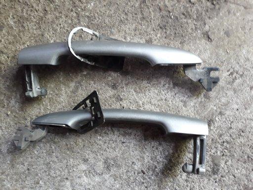 Maner exterior usa stanga/dreapta fata Nissan Primera P12