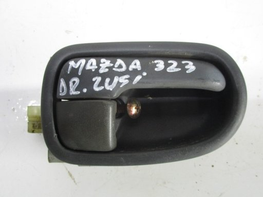MANER INTERIOR USA DREAPTA FATA Mazda 323 fab. 1996 1. 5L , 16V , 90CP