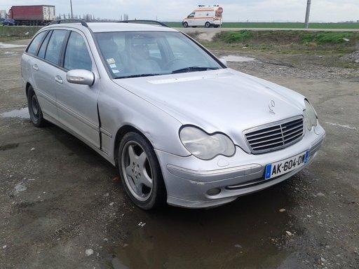 Maner usa dreapta fata Mercedes C-Class W203 - 2002