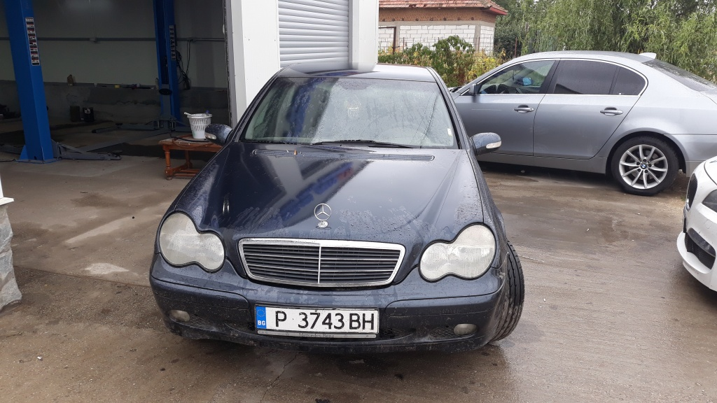 Maner usa dreapta spate Mercedes C-CLASS W203 2002 Berlina 2.2 CDI
