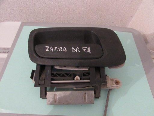Maner usa exterior dreapta fata Opel Zafira an 2001