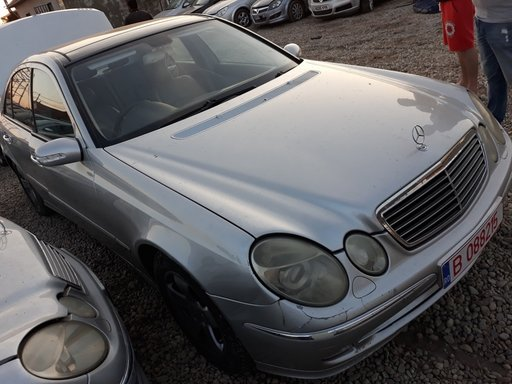 Maner usa stanga fata Mercedes E-CLASS W211 2004 Berlina 2.2 cdi