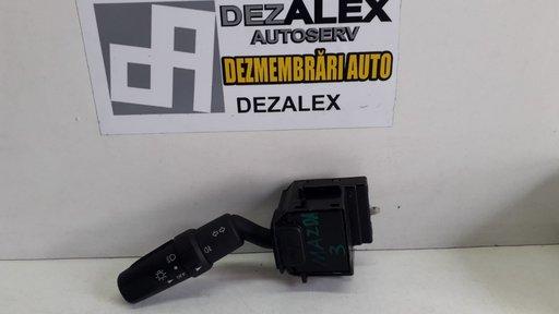 Maneta semnalizare lumini Mazda 3 17d682