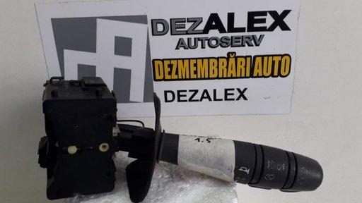 Maneta semnalizare lumini proiectoare claxon Dacia Logan 1.5 1c6 fmaz2