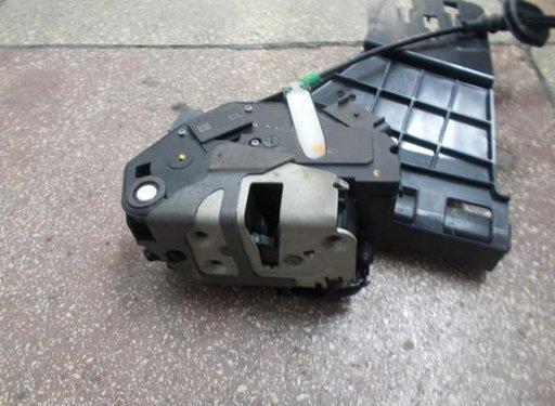 Mecanism inchidere stanga spate Ford Fiesta VI 8A61-A264A53-AE