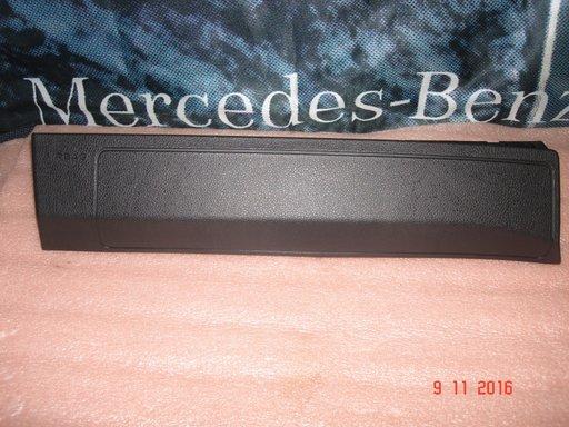 Mercedes A Class, CLA Class, 2015, Capac airbag genunchi