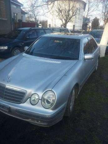 Mercedes E class din 2001 2.2 dezmembrez