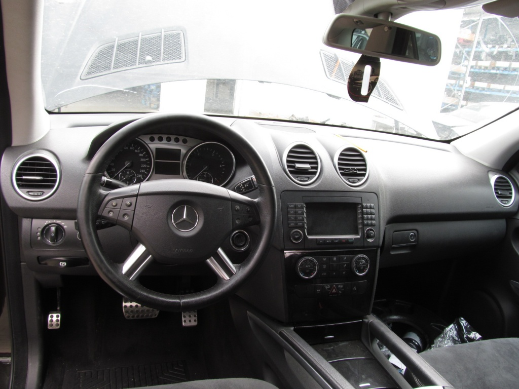 Mercedes ML320 din 2006