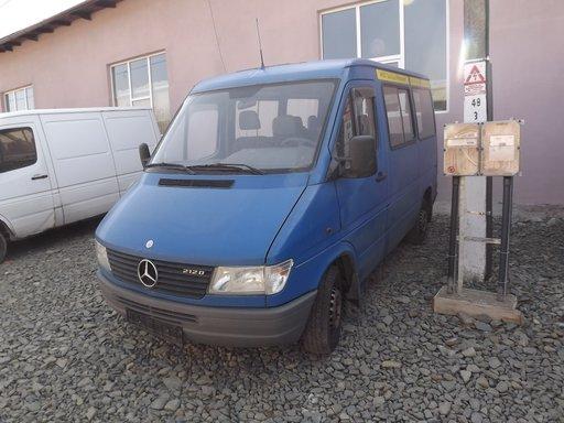 Mercedes Sprinter 312D, an 1995, albastru, 90 kw