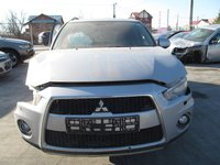 Mitsubishi Outlander din 2011