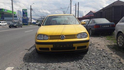 Mocheta portbagaj VW Golf 4 2000 Hatchback 1.9 SDI