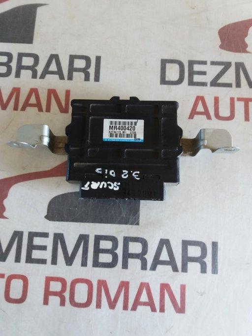 Modul ABS Mitsubishi Pajero 3 3.2 DI-D cod:MR400420