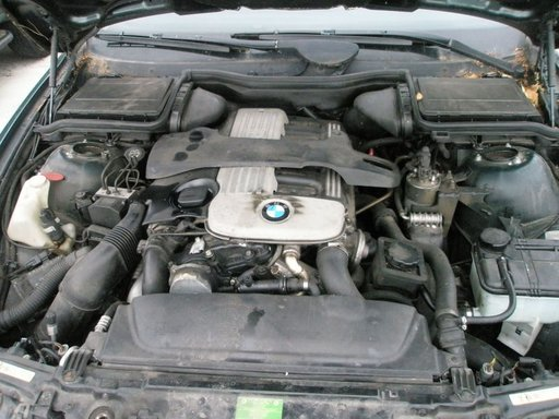 Motor BMW 525 D anul 2003