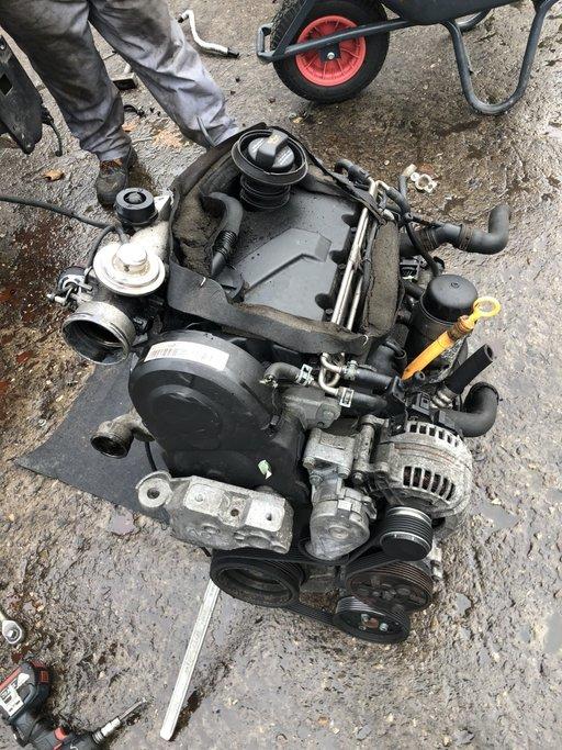 Motor fara anexe Golf 4 Bora Octavia Leon ASZ 4x4