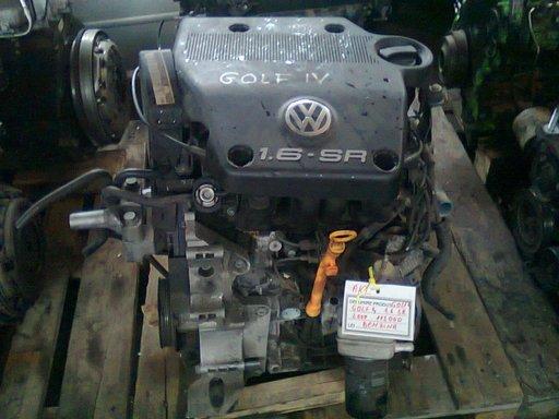 Motor Golf 4 1.6 SR 2000