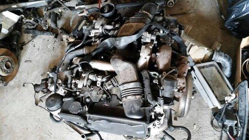 Motor MERCEDES-BENZ ML 350 cdi om642.820 211 cai