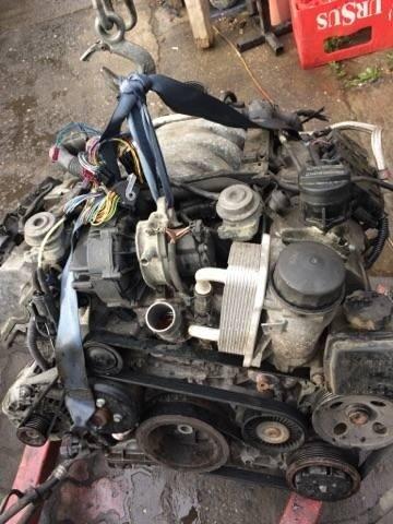Motor mercedes c class w203 240 2.5 benzina an 2003