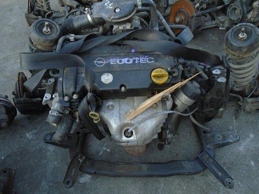 Motor Opel Corsa C 1.2 benzina Z12XE din 2003 fara anexe