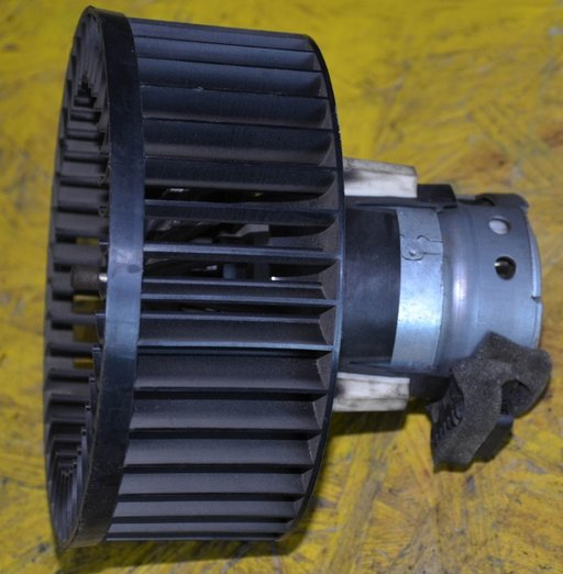 Motor ventilator aeroterma Astra G Coupe 2 usi