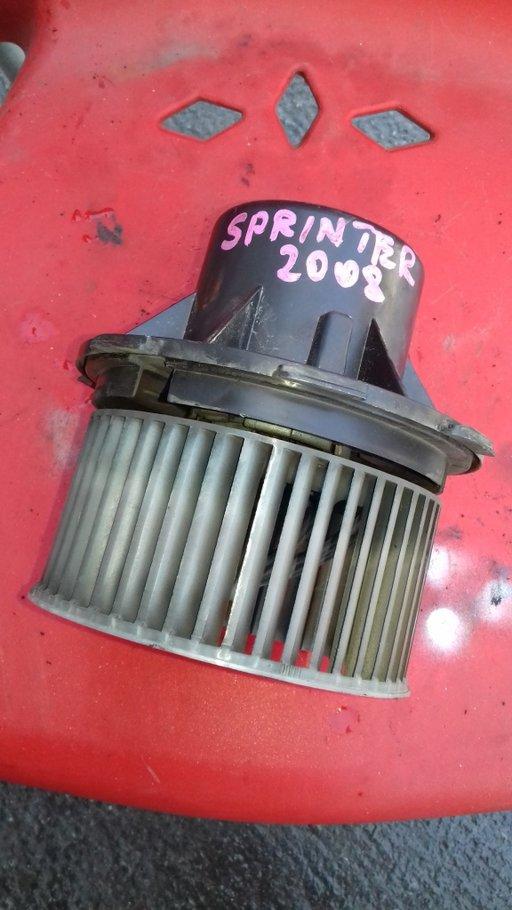 Motoras aeroterma mercedes sprinter 2.2 2009,piese originale din dezmembrrai.