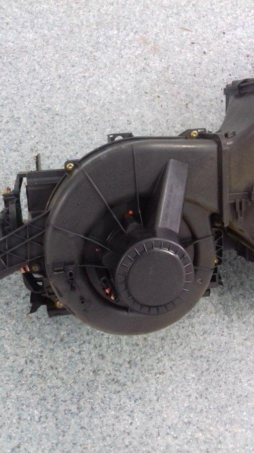 Motoras Aeroterma Volkswagen Polo 9N 1.2-12 Valve