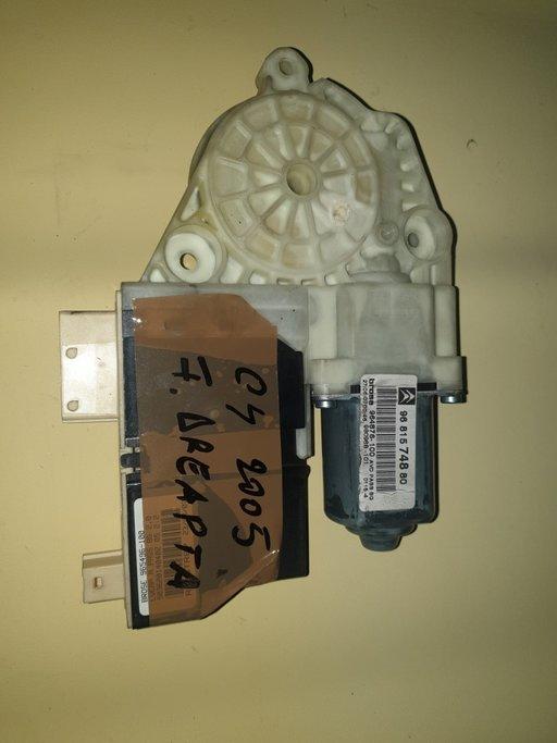 Motoras Citroen C4 2005 fata dreapta 9681574880