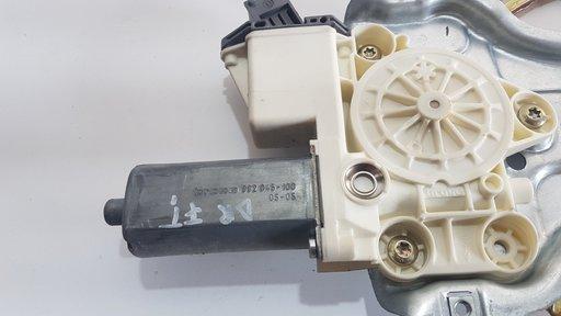 Motoras macara geam Toyota Avensis
