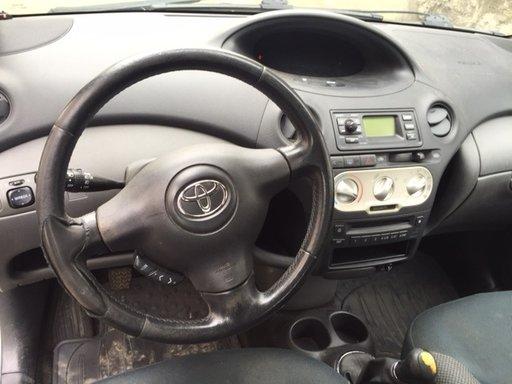 Motoras pas cu pas relanti Toyota Yaris 1.3 benzina 2004