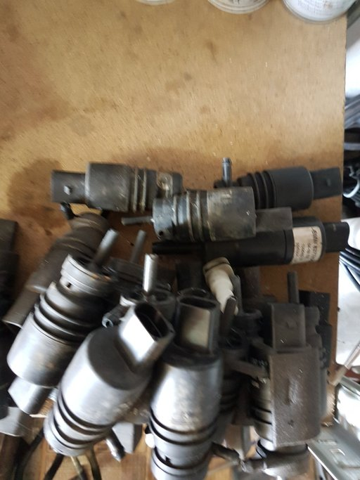 Motoras,pompita stergatoare apa parbriz bmw e46,PARC DEZMEMBRARI BMW