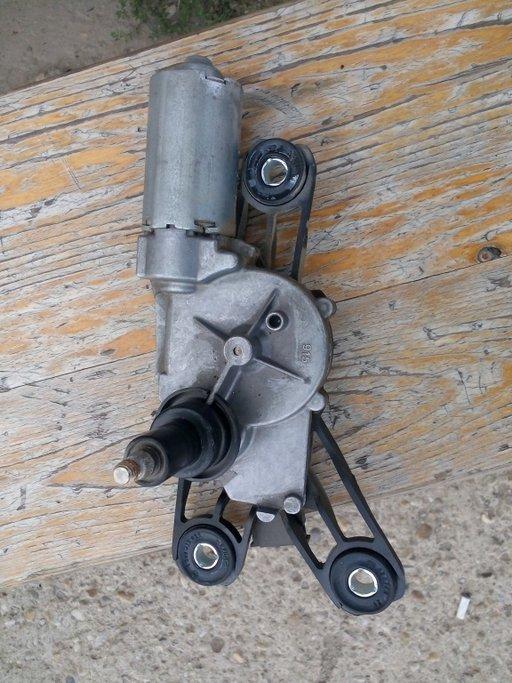 Motoras stergator haion mercedes e class w211