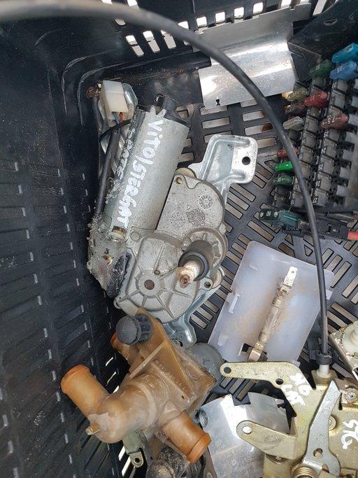 Motoras stergator haion Mercedes Vito 1999-2002