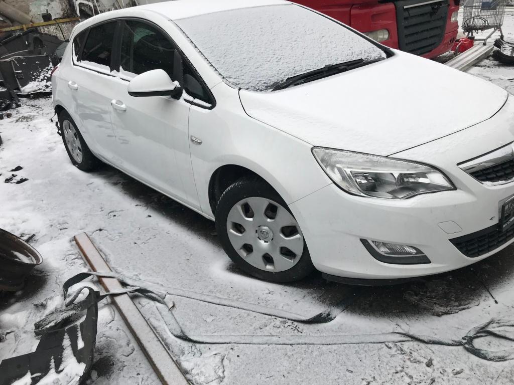 Motoras stergator Opel Astra J 2011 hactchback 1.3 Mutijet
