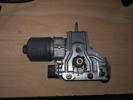Motoras stergator stanga fata pentru Seat Altea cod: 5P0955119C