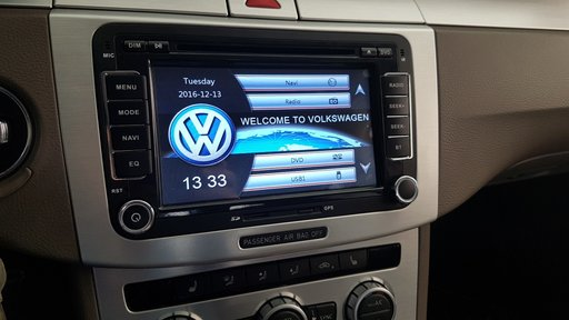 Navigatie dedicata Volkswagen Passat B6 B7 Golf 5 Touran Skoda Octavia GPS DVD Touchscreen
